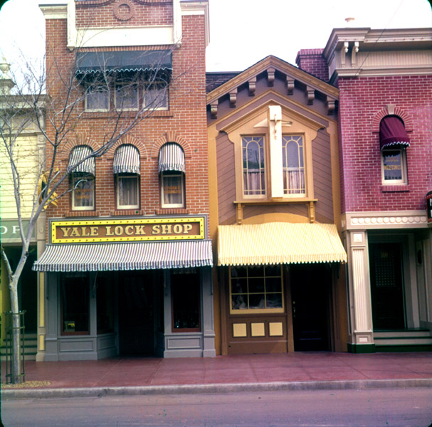 yale and towne lock company